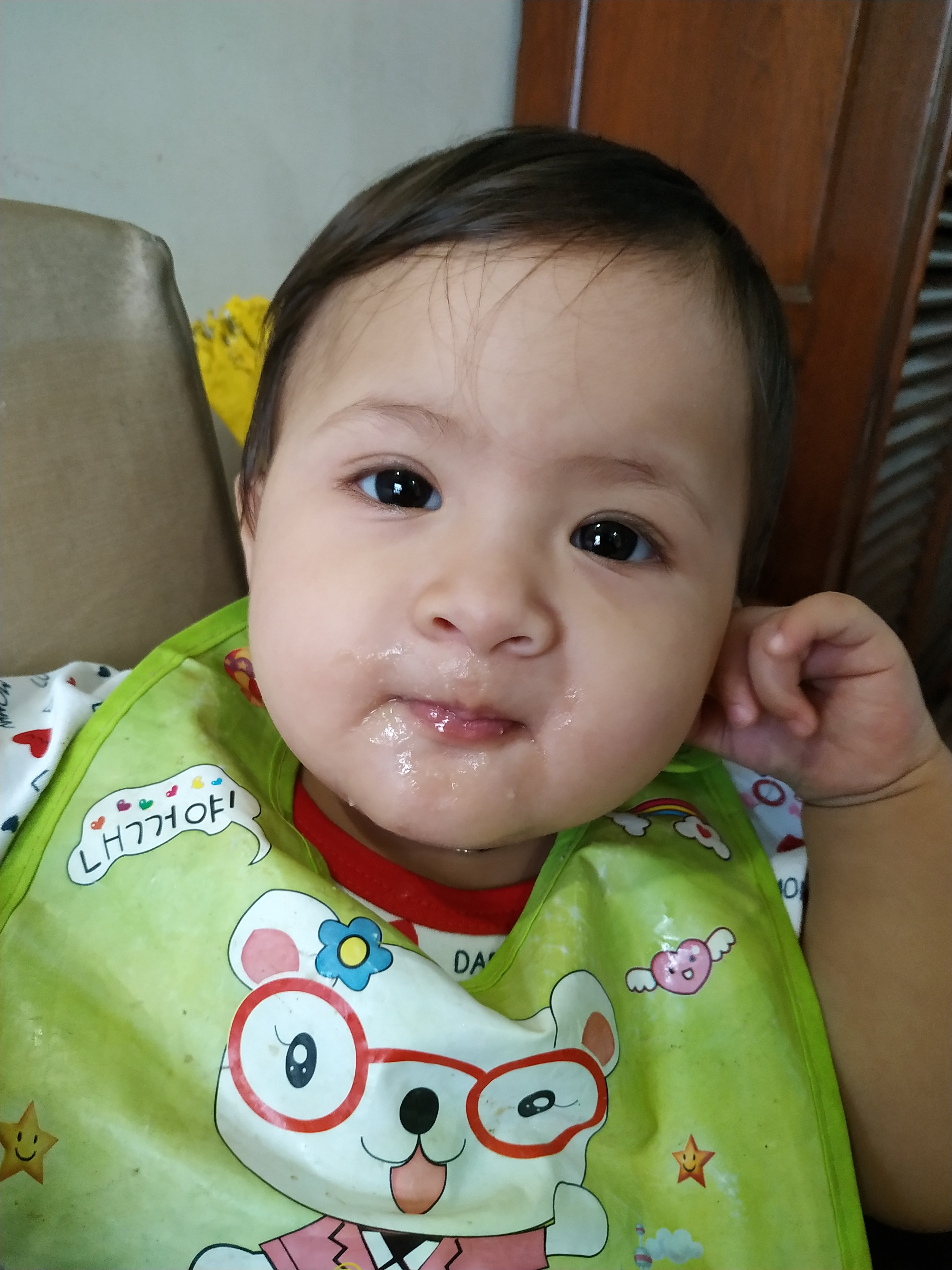 When and how to start solids to babies?